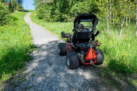 John Åge Corneliussen har fått Terrengen rullestol for å komme seg ut i naturen igjen.