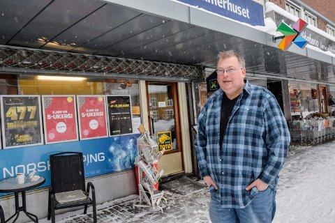 FERDIG: Ove Vangli har eid Kremmerhuset på Søndre torg siden 2011. Nå selger han, og starter i ny jobb på sykehuset.