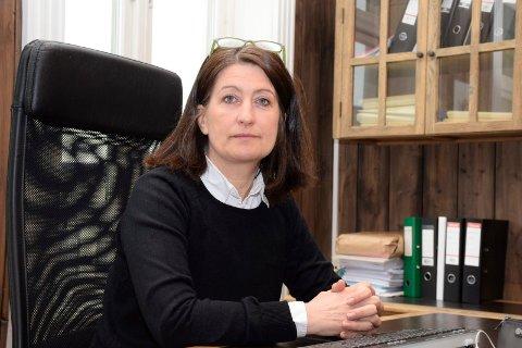 STYRELEDER: Gunn Iren Midtbø, styreleder i Hønefoss Sparebank har ikke mistet tillit til ledelsen av banken.