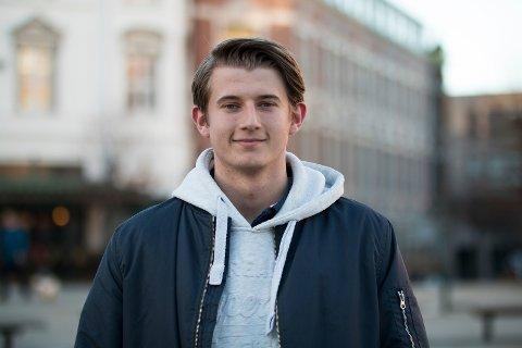 BRA ENGASJEMENT: Christian Preston (18) er russepresident og er veldig fornøyd med årets innsamling og engasjementet