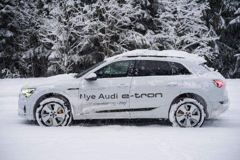 Audi e-tron selger så det gnistrer! Aldri før har Audi hatt en så stor markedsandel av nybilsalget i Norge - og det er el-SUVen e-tron som står i veldig mye av salget.