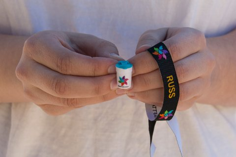 FÅ BØSSEBÆRERE: Da den årlige innsamlingsaksjonen til krafttak mot kreft ble arrangert var det få ringeriksruss som valgte å delta som bøssebærere.