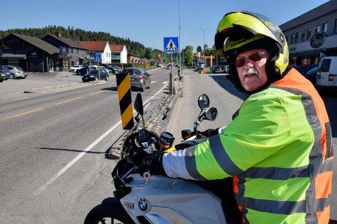 PÅ TO HJUL: Trond Hegseth elsker å være tilbake på sykkelen. – Men husk at vi er rustne etter en lang vinter!