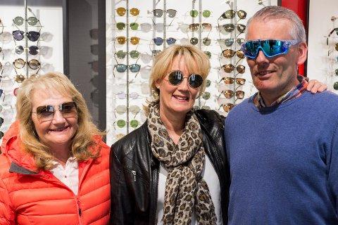 KAN FOREBYGGE: Ved å beskytte øynene mot UV-stråling med solbriller kan du blant annet redusere risikoen for grå stær, påpeker Bjørg Grønlie, Vivian Hammerengen og Espen Grøtnes.