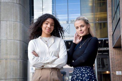 SATSER PÅ MOTE MED MENING:  Sara Flaaen Licius (22) og Silje Pauline Bjølverud (22) i Insp.