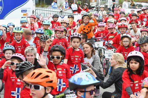 Populært: Tour of Norway for Kids er et populært innslag. Da arrangementet besøkte Hønefoss i fjor deltok det mange hundre barn.