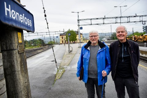 GLADE BANEVOKTERE: Lars Olsen og Tore Midtbø.