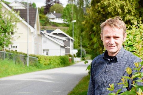 UTLEIE: Mange av spørsmålene Øivind A. Tandberg får dreier seg om utleie. Nå må medlemmene ringe til Oslo, men de skal få den samme servicen.