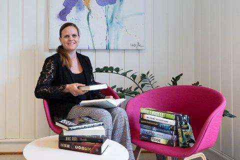 KRIMFORFATTER: Ellen Gustavsen Simensen har gjort suksess med krimboken  «Tro meg når jeg lyver», som kom ut i fjor.
