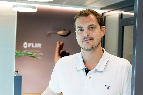SIKRET NY STORKONTRAKT: Lars Kristiansen i droneprodusenten FLIR på Eggemoen.