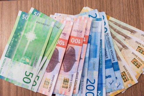AVGIFT: Stadig flere nordmenn synes vi betaler for mye i skatter og avgift. En bestemt avgift peker seg ut.