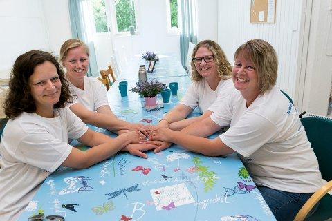 SATSER PRIVAT: Sykepleier Heidi Ørnes (fra venstre), sykepleier Elin Tolpinrud, sykepleier Linda Martinsen Sætheren og helsefagarbeider Gro Anita Thomassen Hellerud.