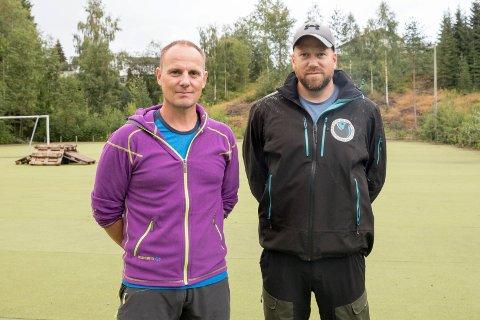 SAMSMOEN: Thomas Østby (46) og Kristian Aalberg (38) bor i det nærmeste boligfeltet til Puttemyra. - Dette blir bra, sier de to om planene for ny aktivitet.