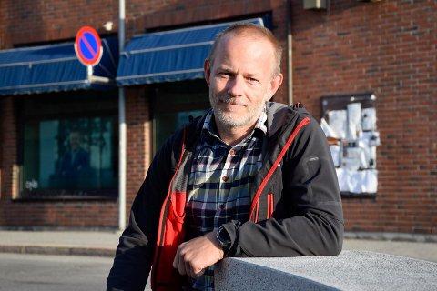 KLAR TIL Å DEMONSTRERE: Mons-Ivar Mjelde (Ap) stiller gjerne opp i motdemonstrasjon mot SIAN på Søndre torg.