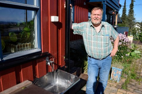 STEMT UT: Stein Torgersbråten fikk flertallet mot seg, da han snudde i spørsmålet om vannverkets videre driftsform. – Det er en ærlig sak, jeg tar det til etterretning, sier han.