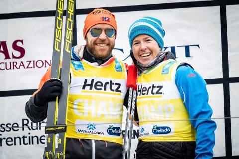I GULT: Tord Asle Gjerdalen og Astrid Øyre Slind har de gule ledertrøyene etter helgens Marcialonga.