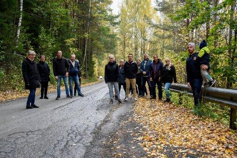 ELENDIG VEI: Folk på Viul reagerer på forslaget fra rådmannen om å innsnevre Viulveien.