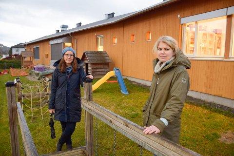 TJENER IKKE MEST: Silje Ask (til venstre) og Toril Westheim påpeker at ansatte i barnehager verken krever mest eller tjener mest. De bør få lov til å være så mange voksne som de bør være, mener foreldrene som har barn i Eikli barnehage.