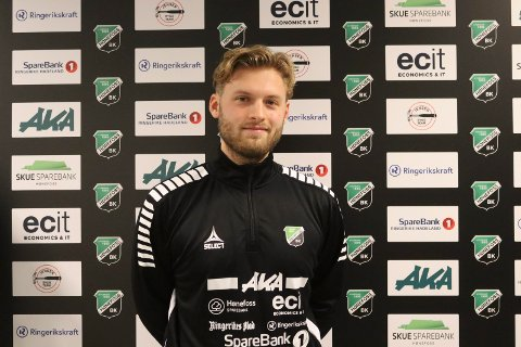 Martin Klemetsrud Lindmark tok over for Jan Gundro Thorstensen i fjor, og ser nå framskritt i det laget har trent på.