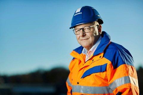 KONSERNDIREKTØR: Steinar Myhre fra Jevnaker er konserndirektør for Skanska, som nå også skal bygge veien forbi Sollihøgda, mellom Bjørum og Skaret.