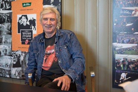 PØLSEMAKER: Arne Vidar er 70 år og ser seg ikke tilbake. - Jeg ville ikke være den sure gamle gubben som gikk rundt på jobb og snakket om at alt var bedre før.