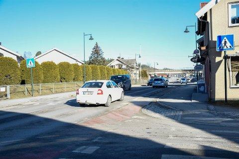 TRAFIKKLYS 1: Her ved Asbjørnsens gate er det planlagt lysregulert fotgjengerovergang.