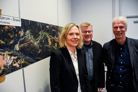 MÅ VENTE: Prosjektleder May Bente Hiim Sindre og delprosjektlederne Rolf Johansen og Øyvind Storløkken hadde håpet å være klare til kontraktsignering i oktober. Nå kan tidsplanen bli forskjøvet på grunn av Korona-viruset.