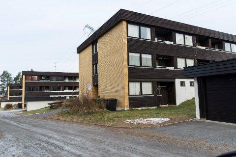 SOLGT: Blokka i Arnegårdsveien 25 inneholder 14 hybelleiligheter. Nå er den solgt.