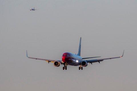 SETTER OPP FLY: Norwegian