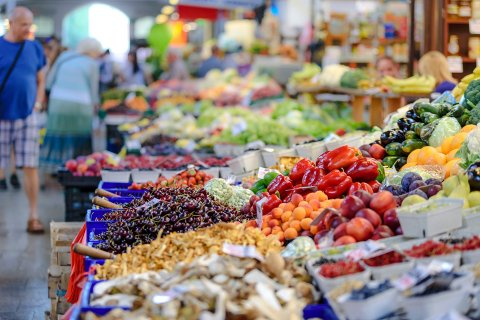 FORSVINNER IKKE: De som hamstrer, får det til å virke som om maten forsvinner, skriver  Heidi Jo Hannisdal.