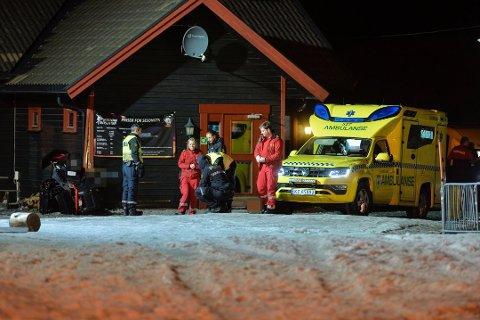 KJØRTE I VEGG: Politiet kanikke si noe om årsaken til ulykken i Vikersund. Foto: Reidar Folkedal