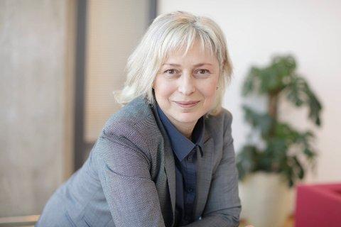 KRITISK: Lidia Ivanova Myhre mener koronakrisen i Norge viser at det mangler mye på strategisk sikkerhetsledelse.