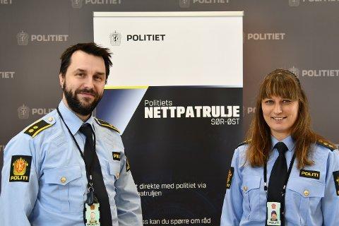 ADVARER: Nettpatruljen i Sør-Øst politidistrikts Mads Holmern og Ann Merete Pedersen Eidem  er kjent med at det foregår forskjellige «challenges» på TikTok og andre sosiale medier.