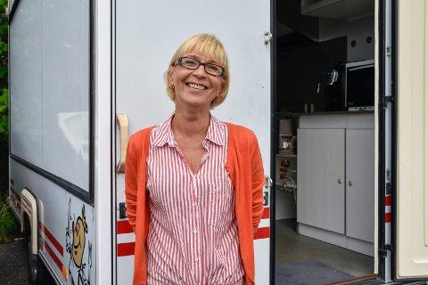 POSITIV: Tamara Turuz gir ikke opp drømmen om foodtruck selv om hun har fått mange avslag på steder å plassere den.