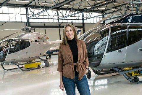 NY PÅ EGGEMOEN: Østnes Aero har etablert seg på Eggemoen med helikopterverksted. Daglig leder Stine Østnes har ambisjoner om vekst.