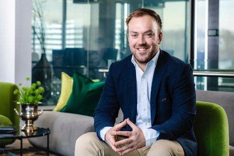 SELGER OG KJØPER: Investeringssjef i AKA, Hallvard Thoresen, er fornøyd med avtalene.