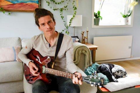 SIKTER HØYT: Kjetil Hallre deltar i «The Voice» på TV 2.