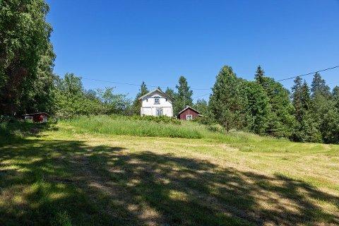 TIL SALGS: Svenskerudveien 99, et sted med masse historie, skal nå selges.