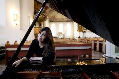 SPILLER I HØNEFOSS: Solfrid Molland har spilt i Hønefoss flere ganger. 30. september kommer hun tilbake.