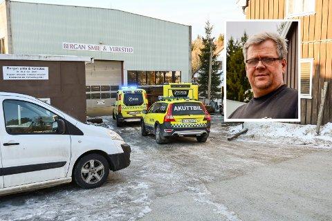 DØDSULYKKE: Daglig leder Erik Bergan (innfelt) ved Bergan smie & versted forteller om tøffe og vanskelige dager etter arbeidsulykken som resulterte i at en ansatt mistet livet.