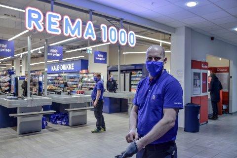 GIR SEG: Han åpnet dørene til den nye butikken i mars. Nå gir Geir Ante Stepanenko seg som kjøpmann for Rema 1000 Sentrumskvartalet.
