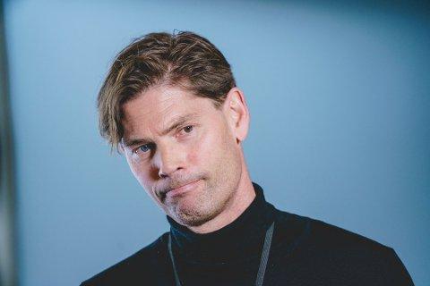 Overlege Pål Andre Holme ved Oslo universitetssykehus etter pressekonferanse om bivirkninger av AstraZeneca-vaksinen 13. mars. Arkivfoto