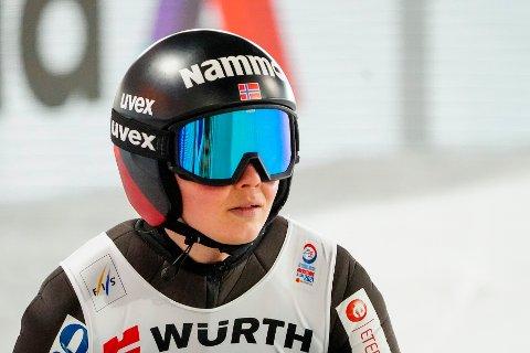 NESTEN PALL: Silje Opseth hoppet best i 2. omgang i lørdagens renn i Russland.