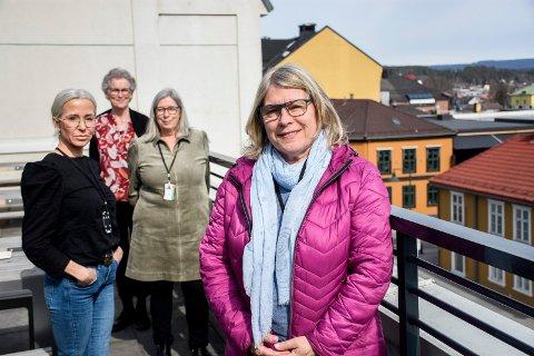 VAKSINEKLARE: Om det så skulle komme 6.000 vaksiner i uka, er Belinda Gjærløw, Kristin M. Andresen, Evi Mathilassi Lien og Kirsten Orebråten klare til innsats.