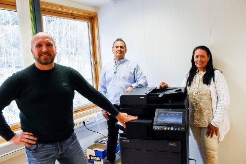 NYSATSING: Yngve Johannessen i NorIT har fått selskap av Cato Kristiansen og Sissel Kyta Elnes, som nå selger alt til kontoret gjennom avdelingen av Office 24.