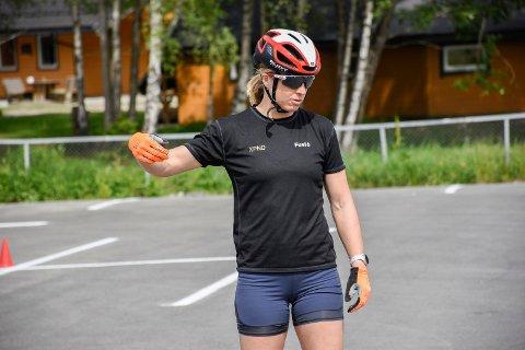 INSTRUERTE: Astrid Uhrenholdt Jacobsen var instruktør for lokale skitalenter.