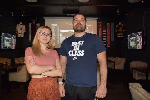 TAR OVER: Aleksandra Borowska og Kostadin Dosev er de nye sjefene på Gaztro restaurant og sportsbar.