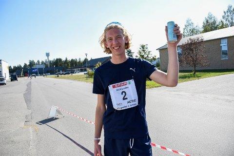 SPRENGTE GRENSER: Aleksander Pedersen Kjølstad (nesten 18) løp nær 54 kilometer på Helgelandsmoen.
