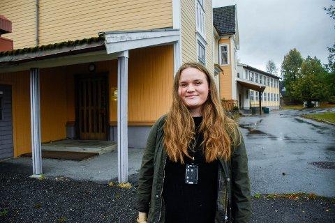 TAR IMOT TIL TEST: Ida Møller er en av dem som skal hjelpe folk til testing på Eikli skole.