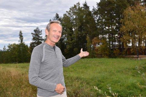 NYTT SAMARBEID: Sammen med Bovieran Norge, vil Jens Veiteberg og Ringbo bygge boliger på denne Tyristrand-tomten.